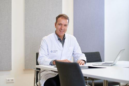 Prof. Dr. med.  Jörg  Dötsch