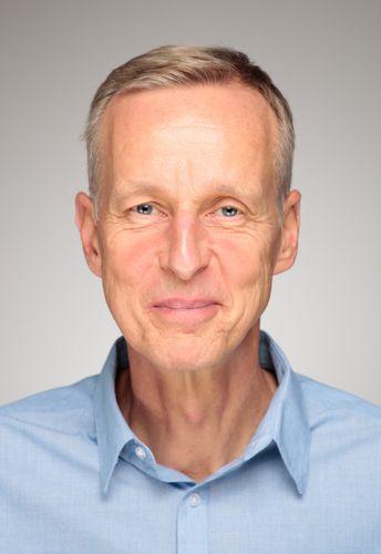 Dr. med.  Ralf  Moebus